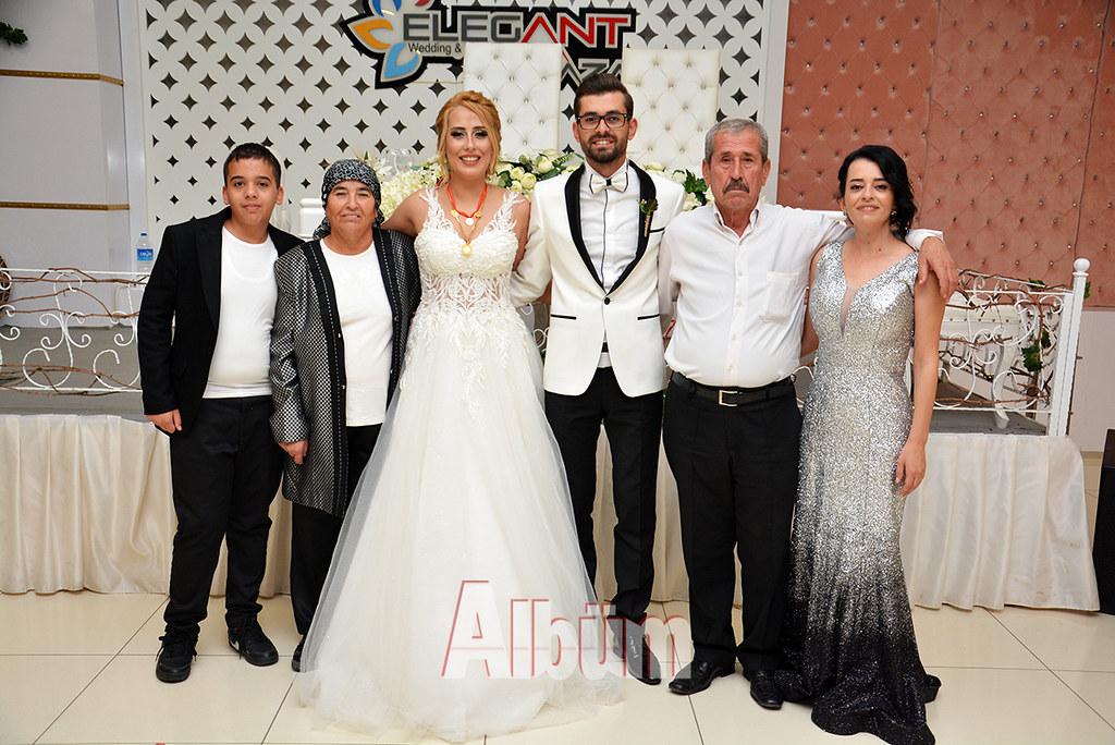 Damat-Ailesi-Mustafa-Çınar-Mercan,-Zeynep-Aytemur,-Aslı-Erkal-Aytemur,-Harun-Aytemur,-Mustafa-Aytemur,-Tezcan-Aytemur