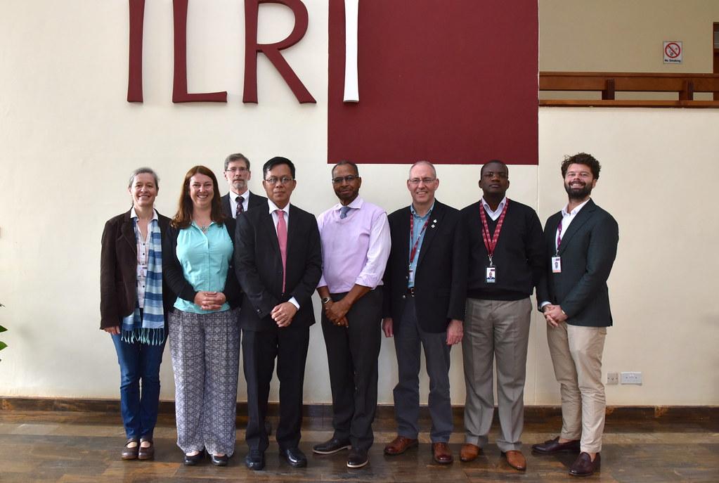 Myanmar's Ye Tun Win visit to ILRI