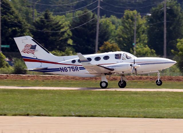 Cessna 414A Chancellor N675R KOSH 2015