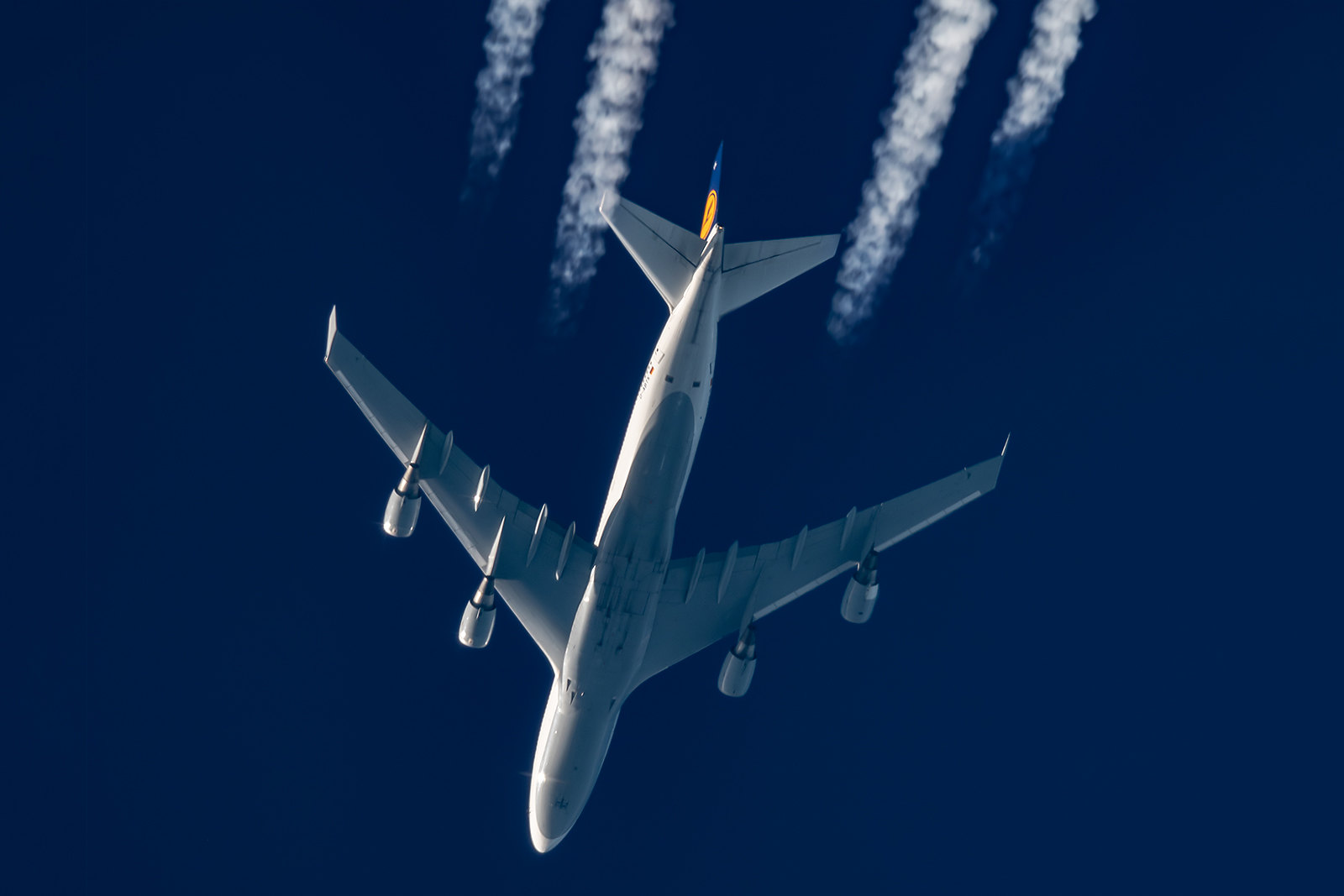 Contrail spotting September 2008 - Aviation24.be