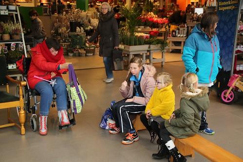 Sinterklaas in winkelcentrum Koperwiekplein © WEEFF.