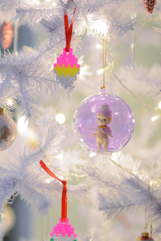 Pastel Christmas Ornaments.Beautiful Pastel Colored Ornaments In A White Christmas Tr