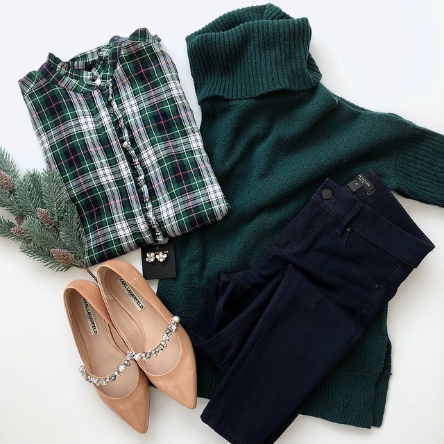 Hunter Green & Plaid Holiday Look