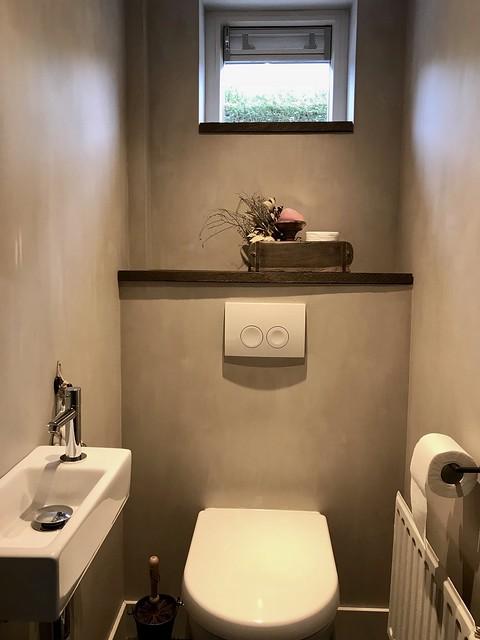 Toilet kalkverf sobere landelijke stijl