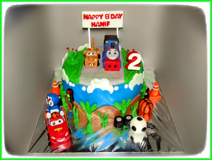 Cake Thomas + McQueen +  Doraemon HANIF 15 cm