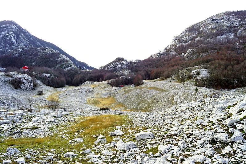 Вид в сторону перевала Вратло