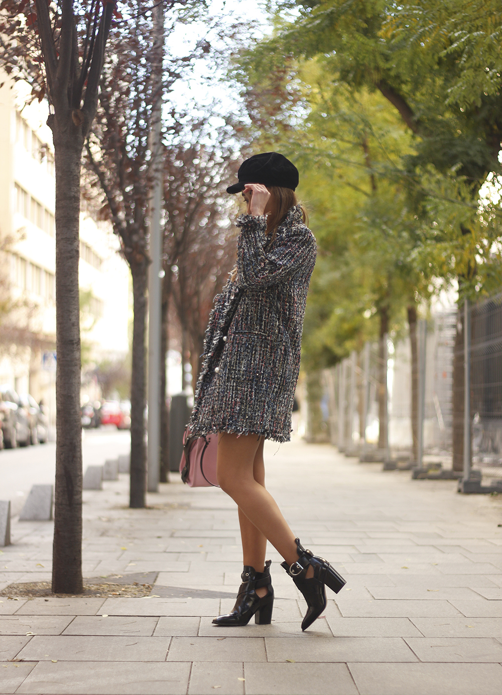 tweed coat black boots pick coach bag street style fall outfit 20185247
