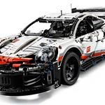 LEGO Technic 42096 Porsche 911 RSR 4