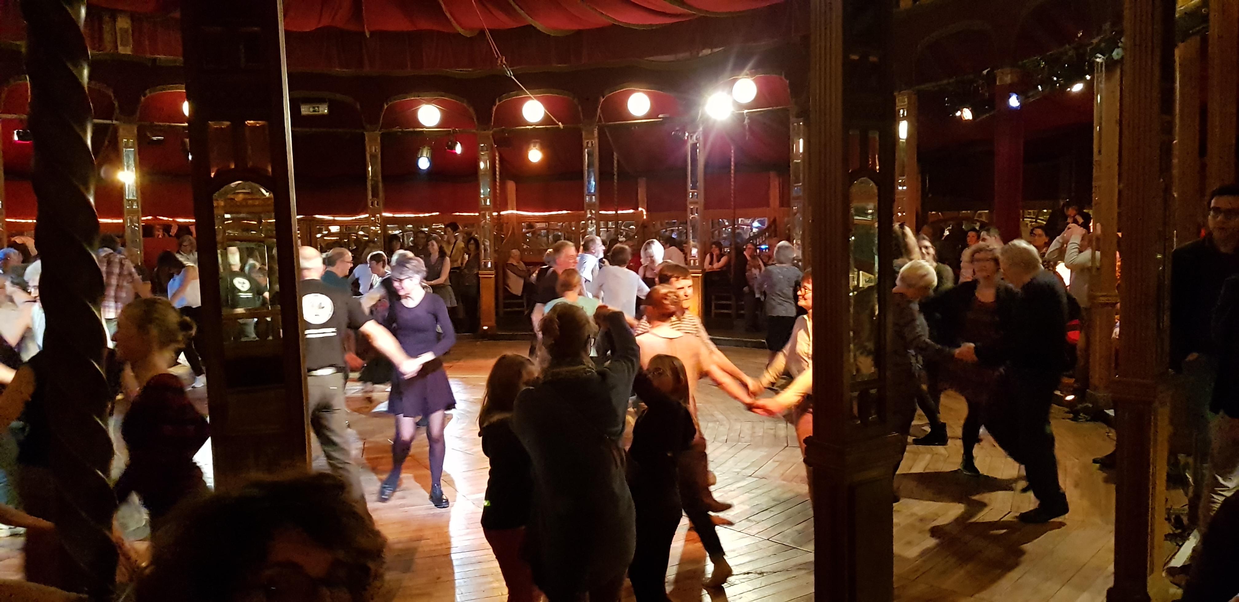 Fest-noz au Dansoir à Ouistreham