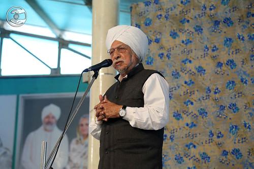 Roshan Minar Saint, Vasdev Singh, expresses his views