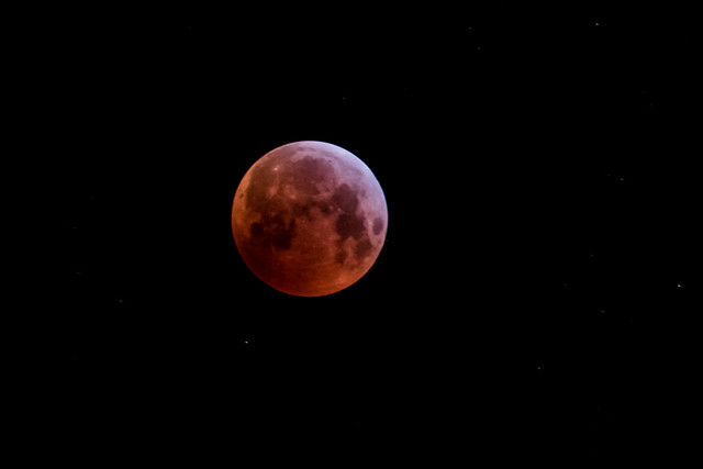 Super Blood Wolf Moon, Canon EOS 7D MARK II, Canon EF 70-300mm f/4-5.6L IS USM