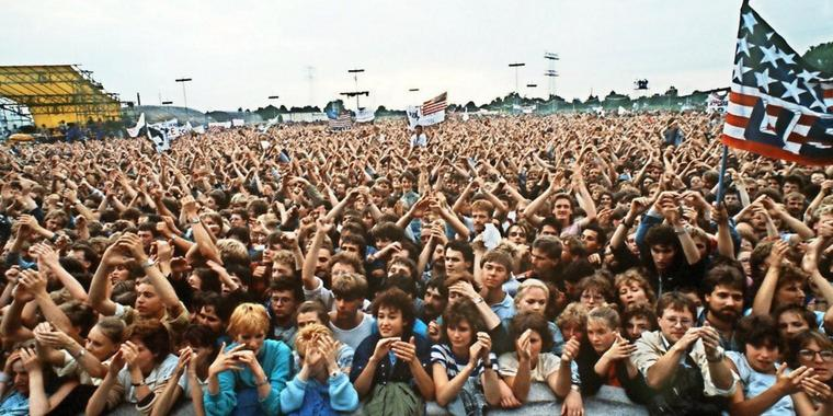 The audience at the July 19, 1988, concert in East Berlin by Bruce Springsteen & The E Street Band.