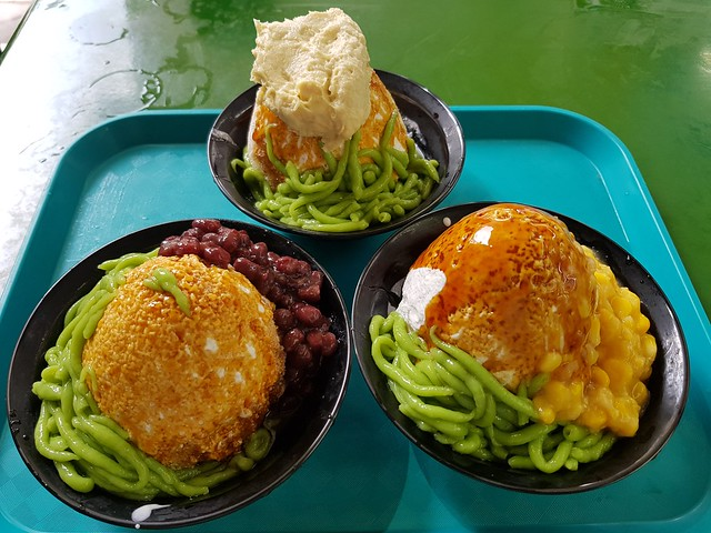 Trio of chendol - red bean, sweet corn and durian 20181204_132658