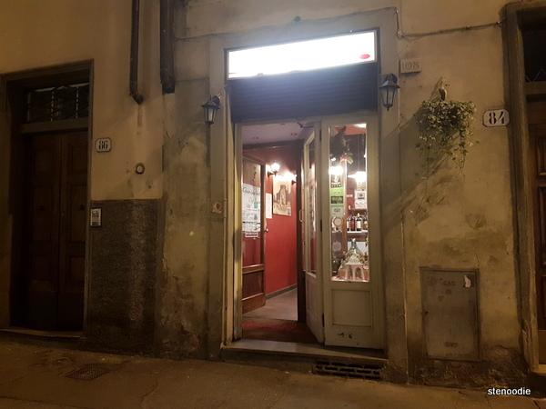 Trattoria Diladdarno doorway