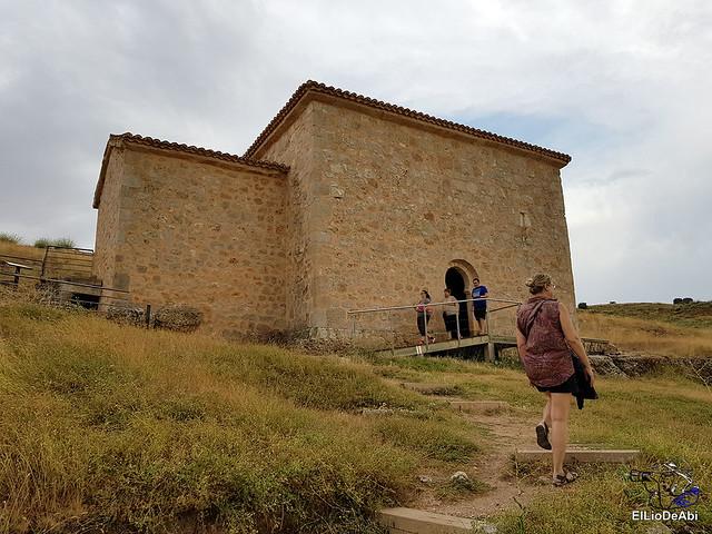 Te vamos a enseñar la ermita de San Baudelio (1)