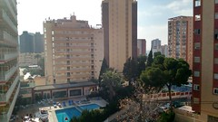 Vistas despejadas, muy soleado. Pida más información en su agencia inmobiliaria Asegil de Benidorm  www.inmobiliariabenidorm.com