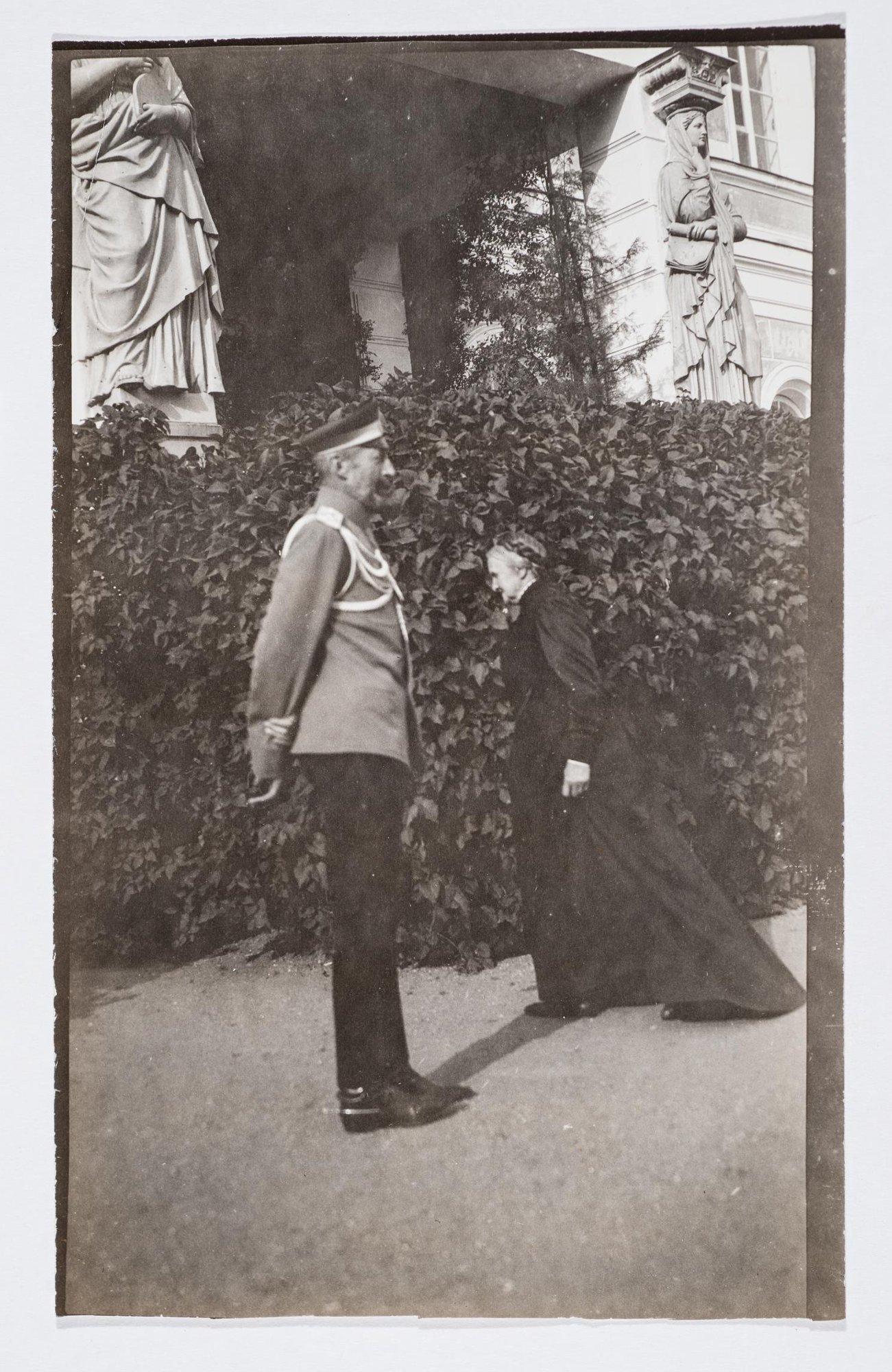 1912. Великий князь Константин Константинович и Прасковья Сергеевна Уварова в Поречье