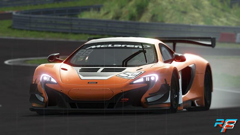 rFactor 2 McLaren 650S