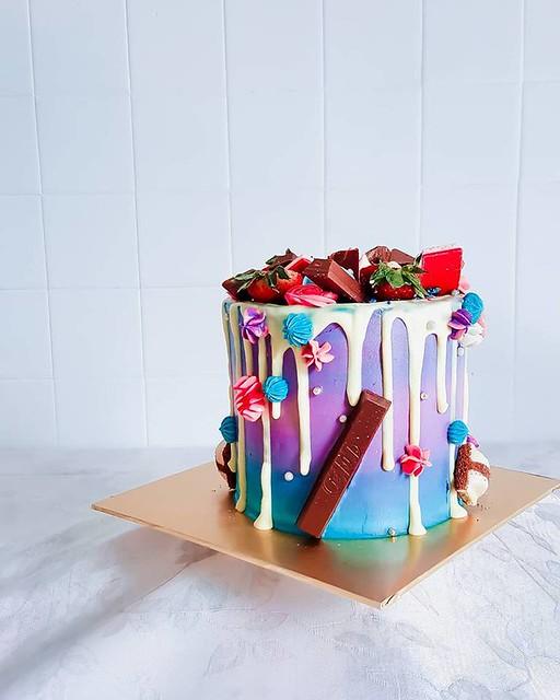 Galaxy Drip Cake by Dulcify Cakes