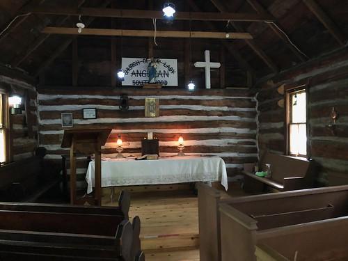 Gravenhurst - inside the littel church