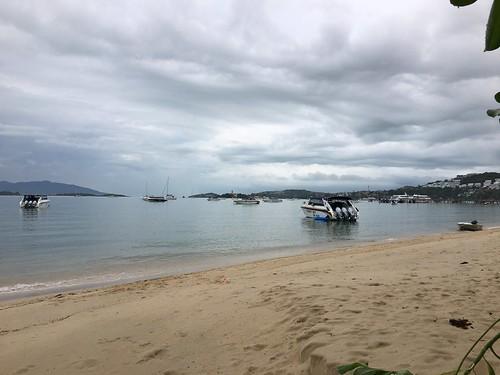 サムイ島に戻りました 11月10日 雨三昧3日目