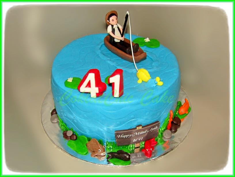 Cake Fishing Ayah 20 cm