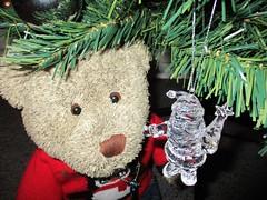 A new Santa fer the tree