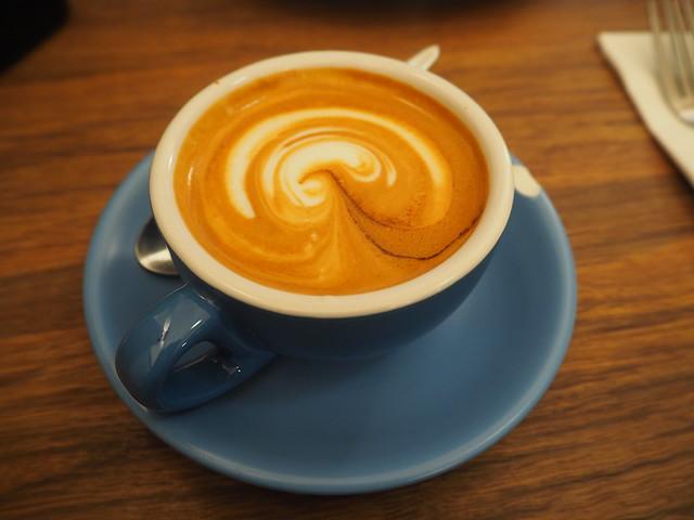 P9089696 デグレーブス・エスプレッソ・バー (Degraves Espresso Bar) メルボルン オーストラリア カフェ