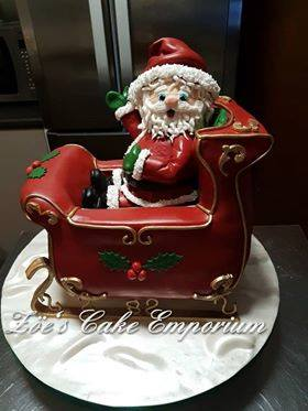 Santa by Zöe Louise Griffin of Zoe's Cake Emporium