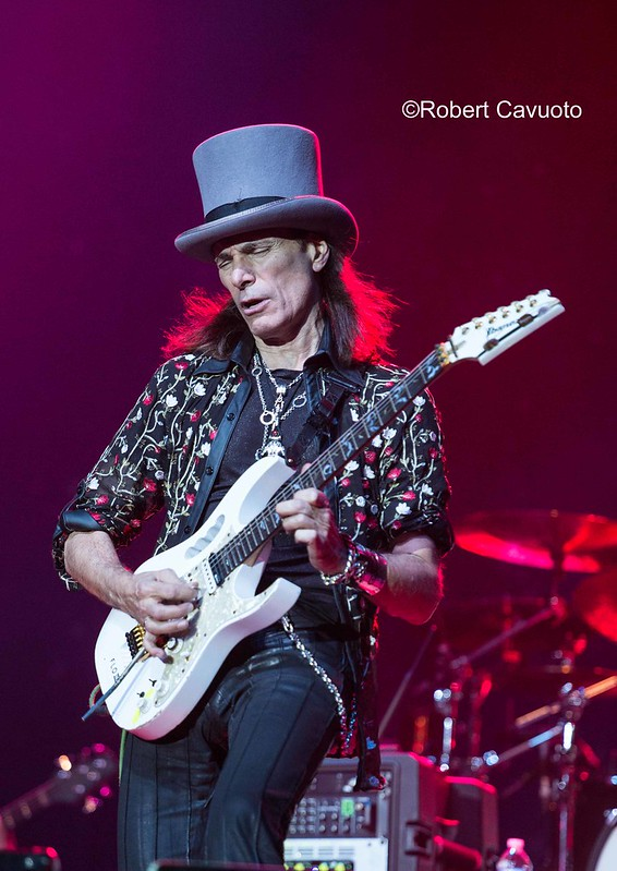 Steve Vai -- Photo Credit: Robert Cavuoto