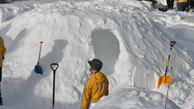 Get a free lesson in snow safety