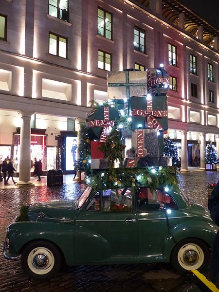 la voiture aux cadeaux