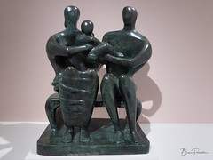 Henry Moore :