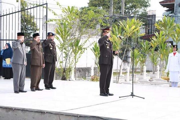 Pengadilan Agama Tanjungbalai Memperingati Hari Pahlawan