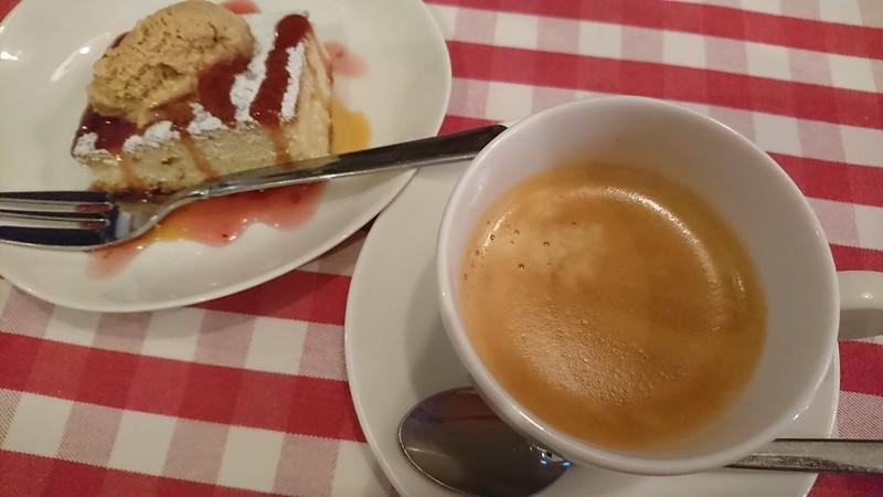 デザートとエスプレッソ