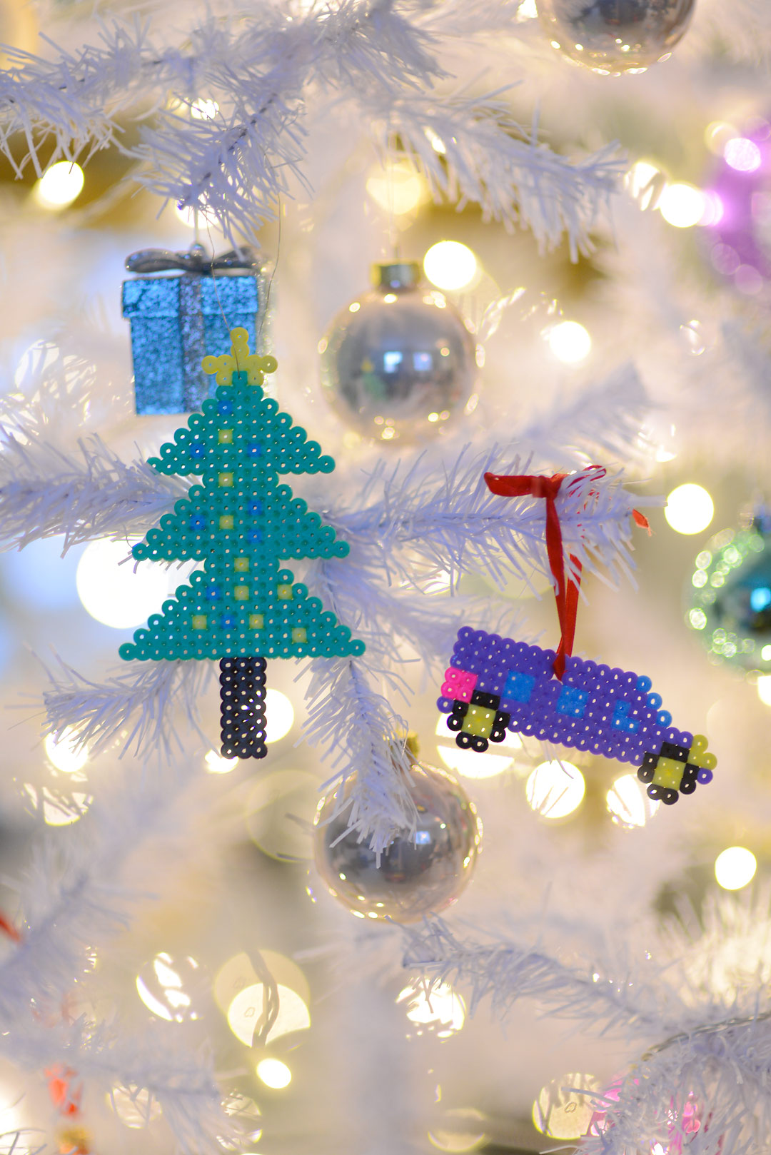 DIY with kids: Hama beads Christmas ornaments