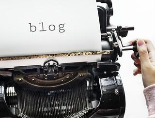 old fashioned typewriter blog image