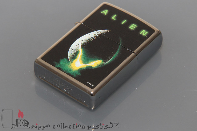 2017-10 J-17 Zippo Alien Collection by Bradford Exchange 04