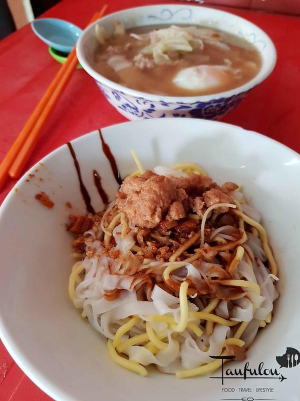 Seafood Pork Noodles (9)