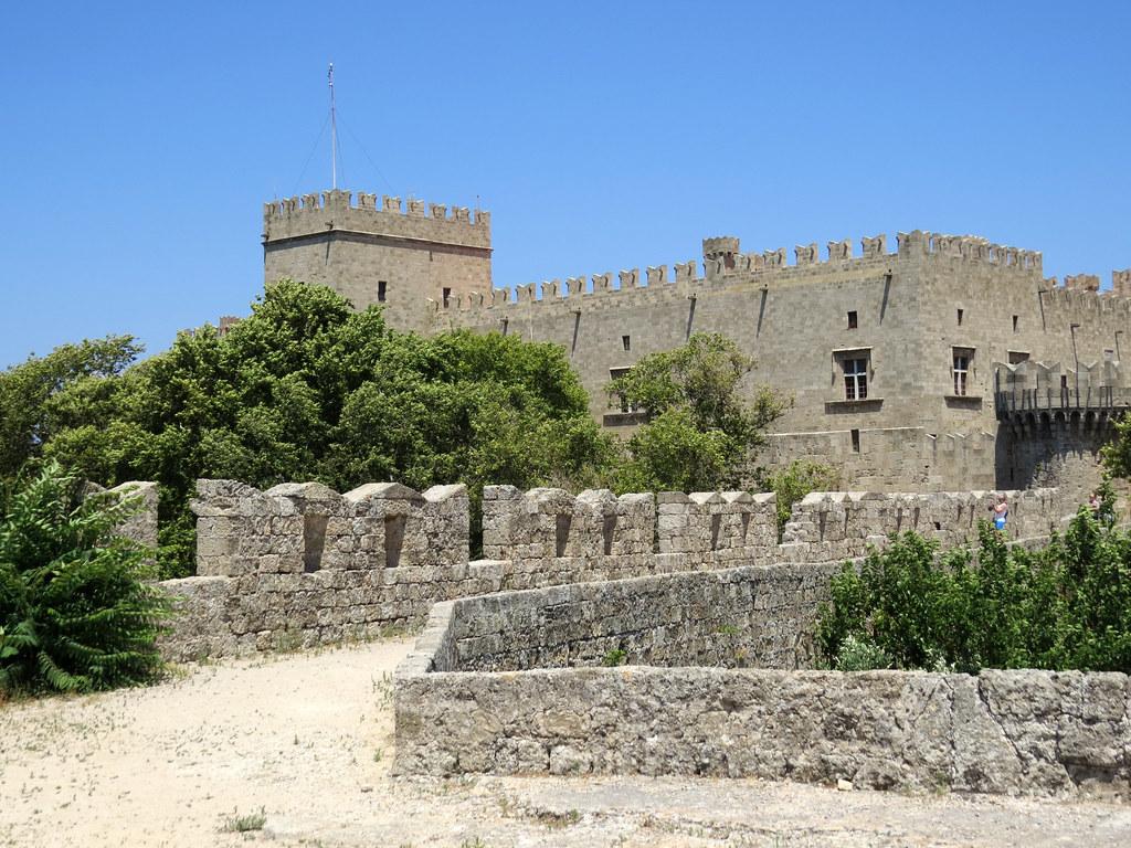 Крепостные стены 2