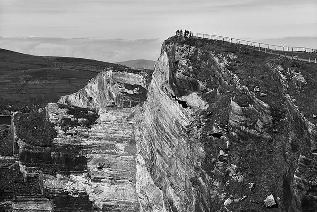 cliffs_of_kerry_L2013792