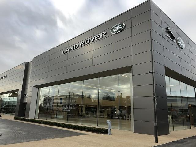 Grange Land Rover Hatfield
