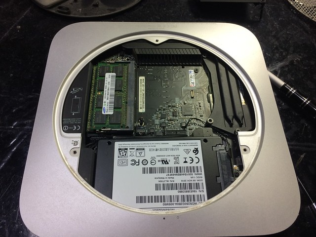 Install SSD to MacMini 2010