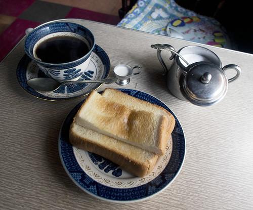 生野・コーヒーショップリーキ_モーニング