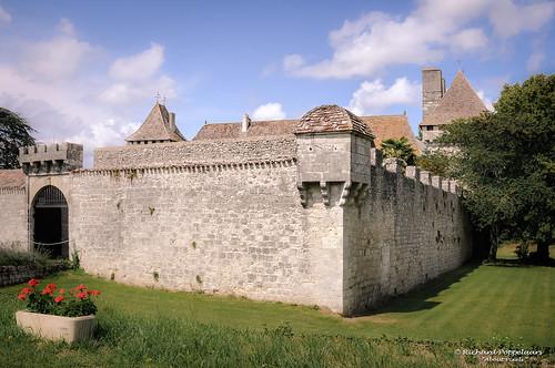 Château de Gageac (Est. 12th century) (Saussignac/FRA)