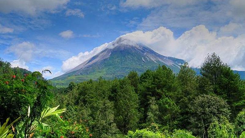 Gunung Merapi tidak kepas dari Kabupaten Boyolali di Jawa Tengah.