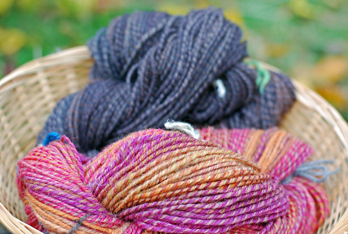 Handspun handdyed Shetland wool top yarns by irieknit