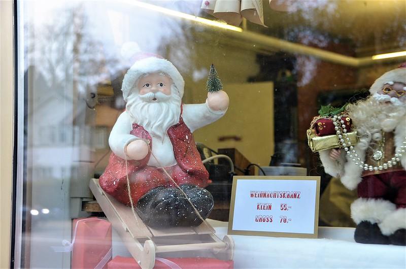Christmas Ornaments 28.11 (2)