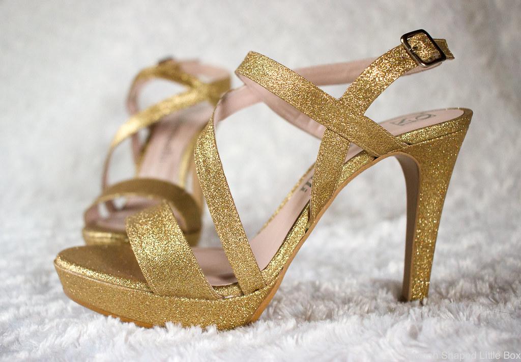 Botticelli_golden_heels_kengat_pikkujouluihin