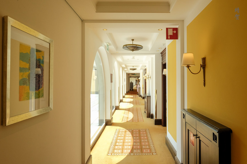 Corridors to the room